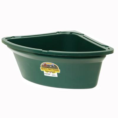 Miller Mfg. Little Giant 26 Quart Corner Feeder, Green