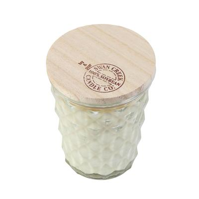 Swan Creek's Ivy and Pear Candle