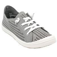 Not Rated Women's Marae Shoe