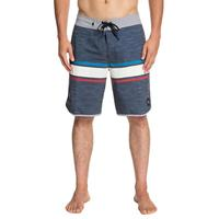 Quiksilver Men's Seasons 20