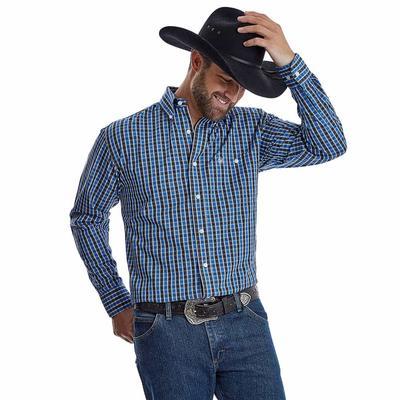 George Strait Men's Classic Long Sleeve Button Down Shirt