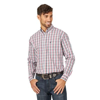 Wrangler Men's Long Sleeve Classic Fit Western Shirt