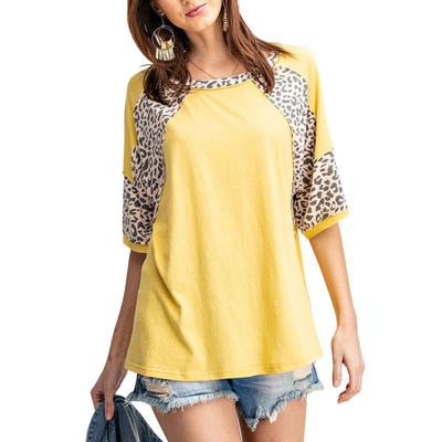 Easel Women's Loose Sleeve Animal Print Top