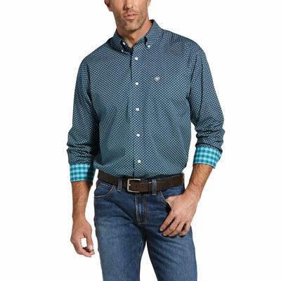 Ariat Men's Ivy League Lakehurst Wrinkle Free Classic Fit Shirt