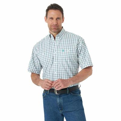 Wrangler Men's Emerald Plaid Short Sleeve Button Down