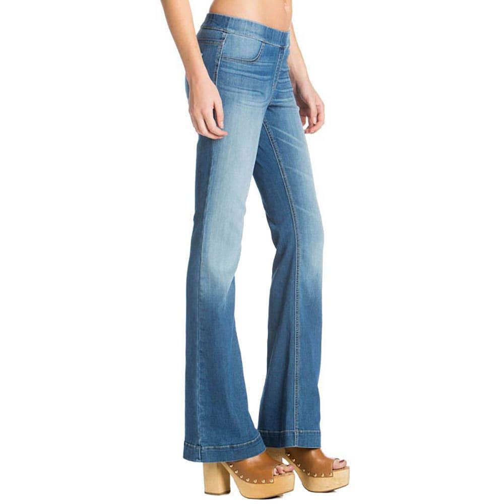 Cello Women's Light Wash Flare Jeans | D&D