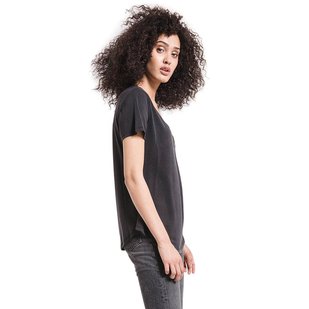 38dc957adf42 Z Supply Women's Luxe Modal V-Neck T-Shirt